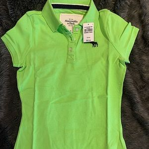 BNWT Abercrombie and Fitch women XS polo shirt